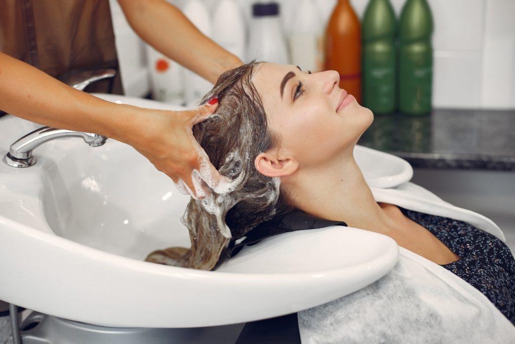 cabelos quimicamente tratados